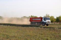 Camion della costruzione di strade fotografie stock