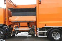 Camion della raccolta dei rifiuti Immagini Stock Libere da Diritti