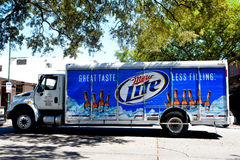 Camion di consegna di Miller Lite fotografia stock