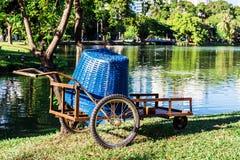Camion di giardino al parco di Lumpini, Bangkok, Tailandia Fotografia Stock Libera da Diritti