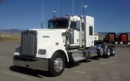Camion di Kenworth W900 immagini stock