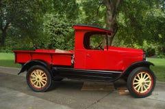 Camion di raccolta antico rosso del modello-Un di Ford Immagine Stock Libera da Diritti