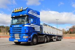 Camion di trasporto del pesce vivo Immagine Stock Libera da Diritti