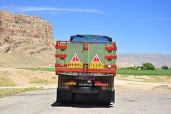 Camion di trasporto nell'IRAN Immagine Stock