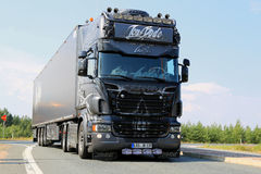 Camion Ghost Rider d'exposition de Scania d'Allemand Photographie stock