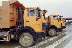 Camion gialli Immagine Stock