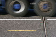 Camion passant près Images stock
