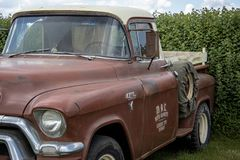 Camion pick-up de GMC de vintage, regard de rat, vers 1958 images libres de droits