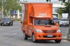 Camion pick-up logistique de récipient de TNT Image libre de droits