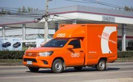Camion pick-up logistique de récipient de TNT Images stock