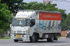 Camion pour le tuyau de transport de l'eau et d'eletricity Photos libres de droits