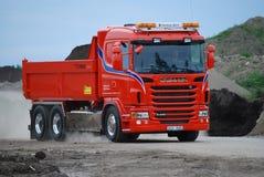 Camion rosso Scania fotografie stock libere da diritti