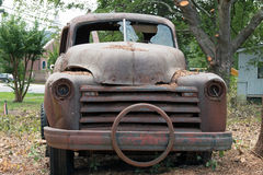Camion rouillé Photo stock