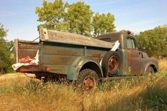 Camion rustico dell'azienda agricola Immagini Stock