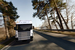 Camion sulla strada Immagine Stock
