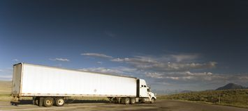 Camion sur la route Photo libre de droits
