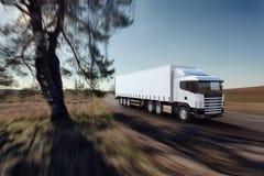 Camion sur la route Photographie stock
