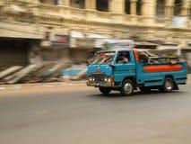 Camion sur la rue Photo libre de droits