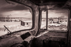 Camion verlaten fabriek Stock Afbeeldingen