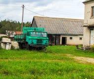 Camion vert Photographie stock libre de droits