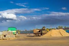 Camion vuoto pesante, corsia veloce della costruzione Immagine Stock Libera da Diritti