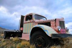 Camioncino scoperto dell'annata immagine stock