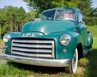 Camioncino scoperto dell'annata GMC immagini stock libere da diritti