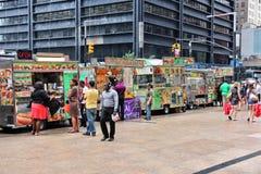Camiones de la comida, Nueva York Imagen de archivo libre de regalías