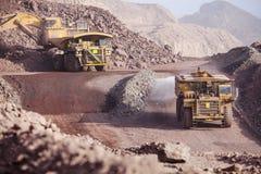 Camiones de mina Imágenes de archivo libres de regalías