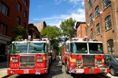Camiones del departamento de bomberos en Nueva York Foto de archivo