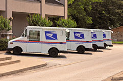Camiones del servicio postal de Estados Unidos fotos de archivo libres de regalías
