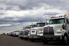 Camiones occidentales de la estrella en el distribuidor autorizado fotos de archivo libres de regalías
