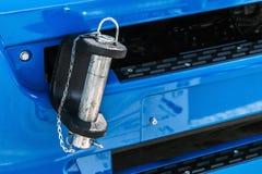Camiones y gancho de parachoques de la remolque para remolcar Fotografía de archivo libre de regalías