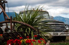 Camioneta pickup oxidada oxidada vieja Imágenes de archivo libres de regalías