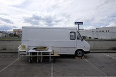 Camionete do alimento da rua Fotografia de Stock