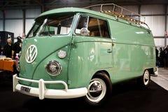 Camionete do vintage de Wolkswagen Imagens de Stock