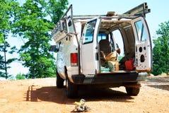 Camionnette et outils de construction Photos stock