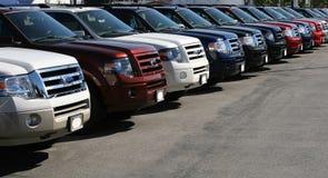 Camions dans une ligne. Images libres de droits