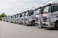 Camions de Mercedes Benz Actros d'Allemand photos libres de droits