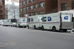 Camions de service postal Image libre de droits