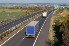 Camions sur la route Images libres de droits