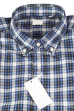 Camisa controlada azul del modelo Fotos de archivo