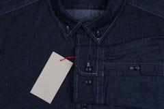 Camisa da sarja de Nimes dos homens Imagem de Stock