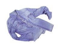 Camisa de Jean aislada en blanco imágenes de archivo libres de regalías