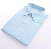 Camisa de vestido no fundo branco fotos de stock