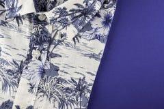 Camisa del verano de la playa con el espacio de la copia Foto de archivo libre de regalías