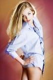 Camisa e menina do laço Fotos de Stock