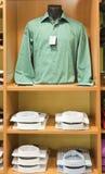 Camisa en un maniquí Foto de archivo