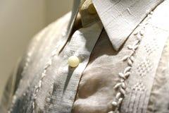 Camisa formal y tagalogo nacional del barong del vestido Imagenes de archivo