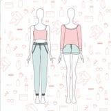 camisa para la noche de las muchachas tapa cortocircuitos Pijamas para las mujeres Imagen de archivo
